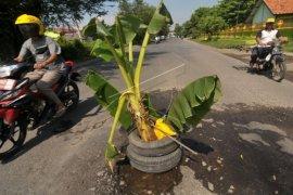 Kubu Raya Upayakan Pembangunan Jalan Desa