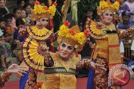 Disbud Bali: 15 ribu seniman meriahkan PKB