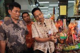 Disperindag Surabaya Razia Parsel Jelang Lebaran