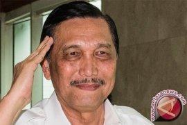 Menko Polhukam: Papua bangga Tito jadi Kapolri