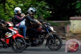 Tidak Baik Bawam Anak Mudik Gunakan Motor