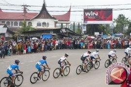 Pebalap Tour de Singkarak akan lalui Padang tiga kali