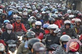 Menhub Kaji Peraturan Pembatasan Sepeda Motor