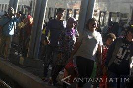"""Penumpang KA """"Nataru"""" di Daop Surabaya Meningkat 6 Persen"""