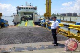 Penumpang kapal penyeberangan Batulicin-Kotabaru sepi