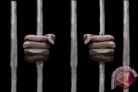 Terdakwa Pembunuh Anak Kandung Divonis Seumur Hidup