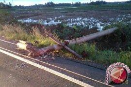 Puluhan Tiang Listrik Di Binjai Tumbang Akibat Puting Beliung