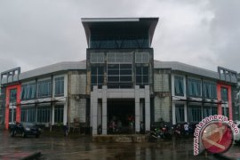Bina Marga Kapuas Hulu imbau kontraktor gunakan material legal