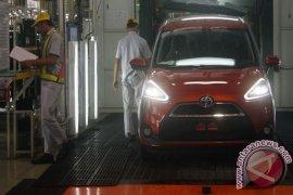 Toyota Investasikan Rp2,5 Triliun Produksi Mobil Sienta