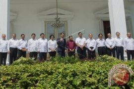 """Pengamat: PDIP Kurang """"Happy"""" Reshuffle Kabinet"""