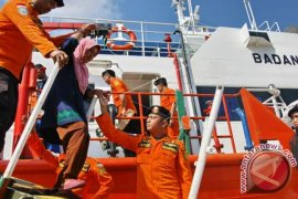 Basarnas Evakuasi 491 Penumpang KM Teluk Sabrina
