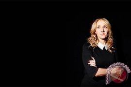 JK Rowling dan Manuskrip Rahasia di Gaun Pesta