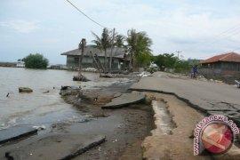 Dua perkampungan pesisir Muaragembong hilang diterjang abrasi