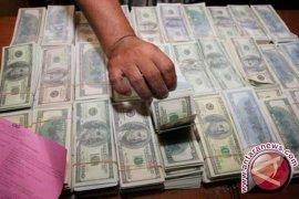 Ada uang Dolar palsu Rp3 miliar