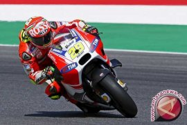 Iannone Juarai MotoGP Austria, Rossi Posisi Empat