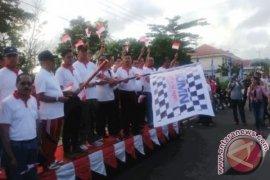 BUMN Ambon Jalan Sehat Peringati HUT Kemerdekaan