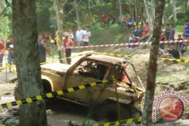 Tim Offroad Kalimantan Ikut Kejuaraan di Sabah
