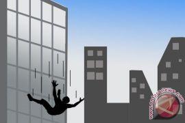 Sebanyak lima mahasiswa Bolivia tewas usai terjatuh dari lantai empat