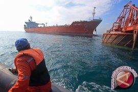 Pelarian tanker MT Vier Harmoni terkait sindikat penjualan solar
