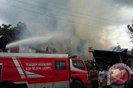 Kebakaran hanguskan rumah dan bengkel warga Rejanglebong