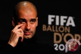 City Menghancurkan Arsenal 3-0 pada final Piala Liga
