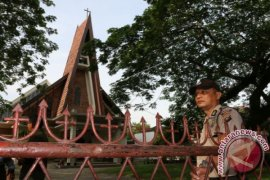 Analysis on Attempted Suicide Bombing Attack at A Roman Catholic Church in Medan, Indonesia