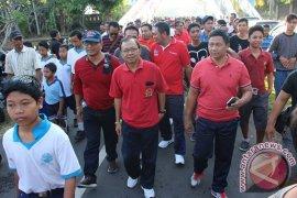 Koster Berbaur Gerak Jalan Santai Di Sukawati