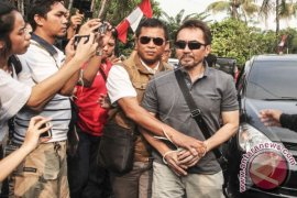 Polisi serahkan Gatot Brajamusti ke jaksa