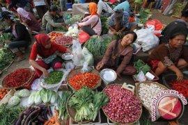 Masyarakat padati pasar Pangkalpinang jelang Idul Adha