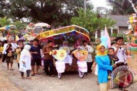 Pesta Santri Suku Ketapik Tanpa Hura-Hura