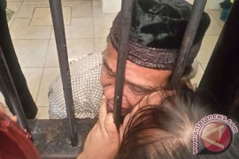 "Nurdin ""pencuri"" 24 tandan sawit dituntut setahun penjara"