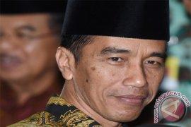 Presiden Jokowi: Sederhanakan regulasi perubahan perhutanan sosial