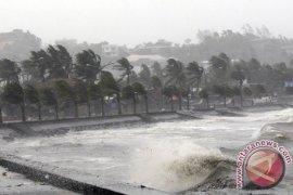 Disparpora Bangka ingatkan pengunjung waspadai cuaca ekstrem