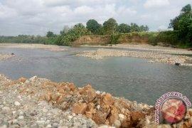Erosi sungai ancam sawah petani Mukomuko