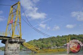 SAR Denpasar Lanjutkan Pencarian Korban Jembatan Ambruk