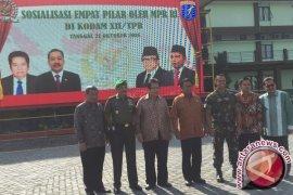 Wakil ketua MPR harapkan TNI jadi garda depan empat pilar