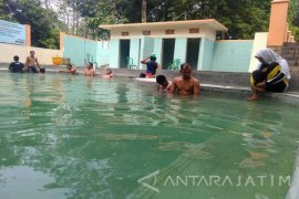 Pengunjung Objek Wisata Prataan Tuban Stabil