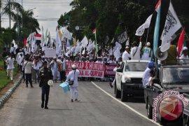 Demo Ahok Ribuan Massa di Makassar 'Longmarch'