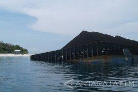 Asidewi: Posisi Kapal Kandas Rugikan Pariwisata Sumenep