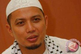 Ustadz Arifin Ilham ikut unjuk rasa