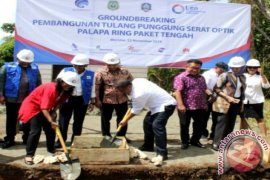 Menkominfo Lakukan Ground Breaking Palapa Ring Tengah