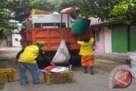 """DKP Tangerang Siapkan """"Aplikasi Jemput Sampah' Menyerupai Ojek Online"""