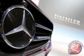 Berita dunia - Daimler tarik 744.000 Mercedes-Benz karena kasalahan panel kaca atap