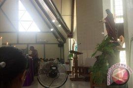 Misa Minggu Ajak Doakan Korban Gempa Aceh