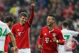 Bantai Wolfsburg 5-0, Muenchen Rebut Puncak Klasemen