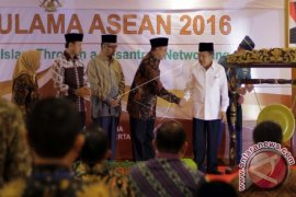 Vice President Opens Gathering of ASEAN Ulemas