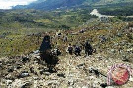 Hari Ini Mabes TNI AU Selidiki Penyebab Hercules Jatuh