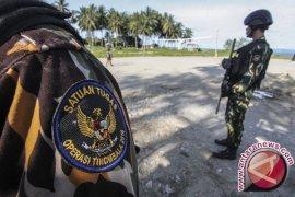 Dua prajurit TNI tertembak saat buru kelompok MIT