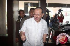 Hakim bebaskan La Nyalla Mattalitti dari dakwaan