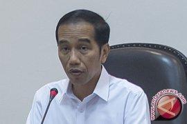 Presiden: isu Indonesia kebanjiran TKA Tiongkok fitnah